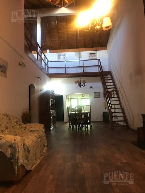 Foto Casa en Venta en  Lomas de Zamora Oeste,  Lomas De Zamora          Gorriti 1046