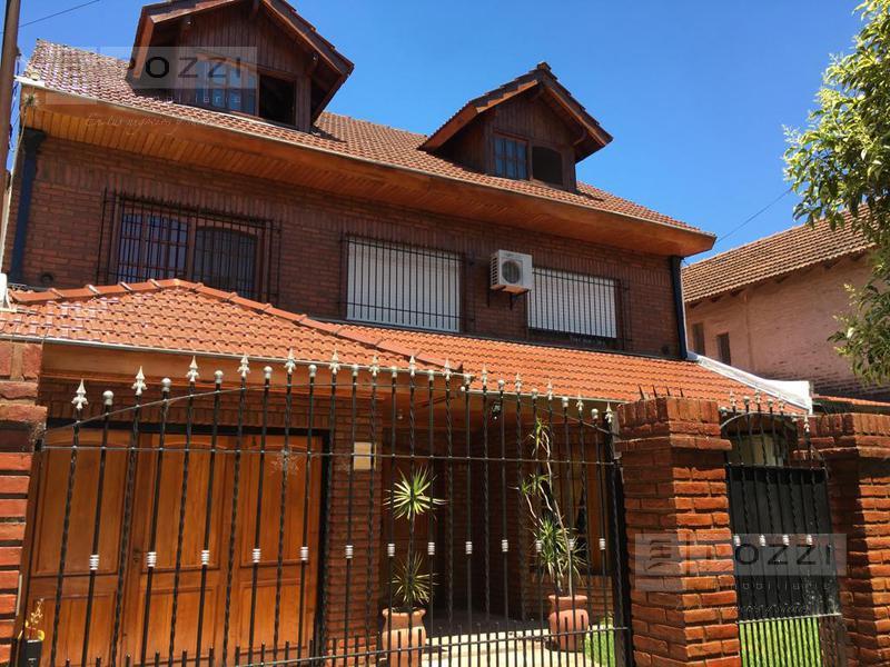 Foto Casa en Venta en  General Pacheco,  Tigre  Salvador del Carril al 800