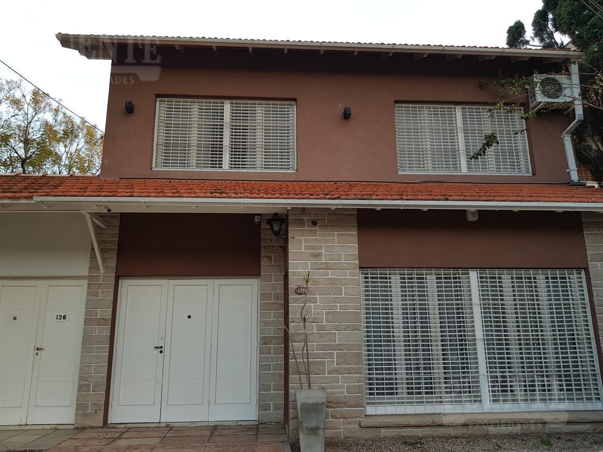 Foto Casa en Venta en  Lomas de Zamora Oeste,  Lomas De Zamora  Las Heras 130