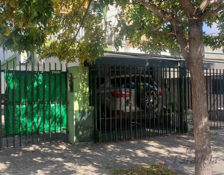 Foto PH en Venta en  Barrio Marina,  Villa Luzuriaga  Perito Moreno al 2400