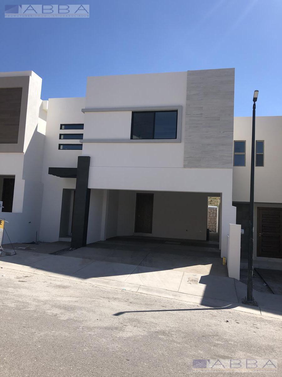 Foto Casa en Venta en  Chihuahua ,  Chihuahua  VENTA DE CASA EN FRACC. VALDIVIA