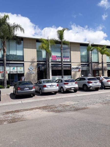 Foto Oficina en Renta en  Fraccionamiento El Campanario,  Querétaro  OFICINA EN RENTA PLAZA 99 CAMPANARIO
