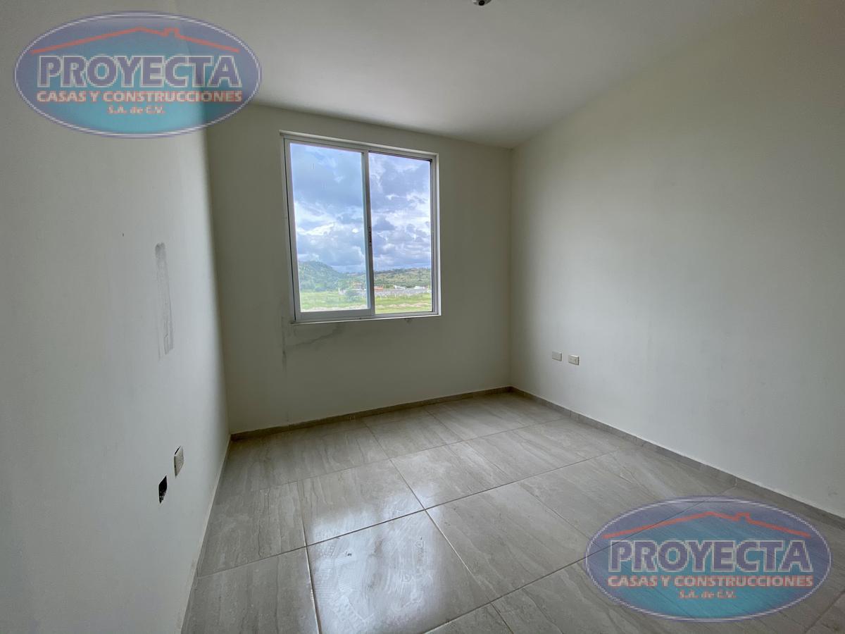 Foto Casa en Venta en  Paseo del Bosque,  Durango  CASA CON DISTRIBUCION MUY COMODA POR SALIDA A MAZATLAN