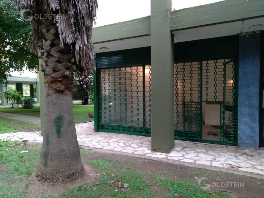 Foto Local en Venta en  Floresta Sur,  Floresta  Av. Directorio al 4000