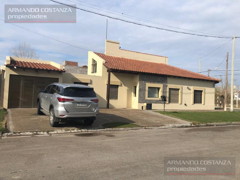 Foto Casa en Venta en  Puerto Madryn,  Biedma  SAN MARTIN Y FOUNIER