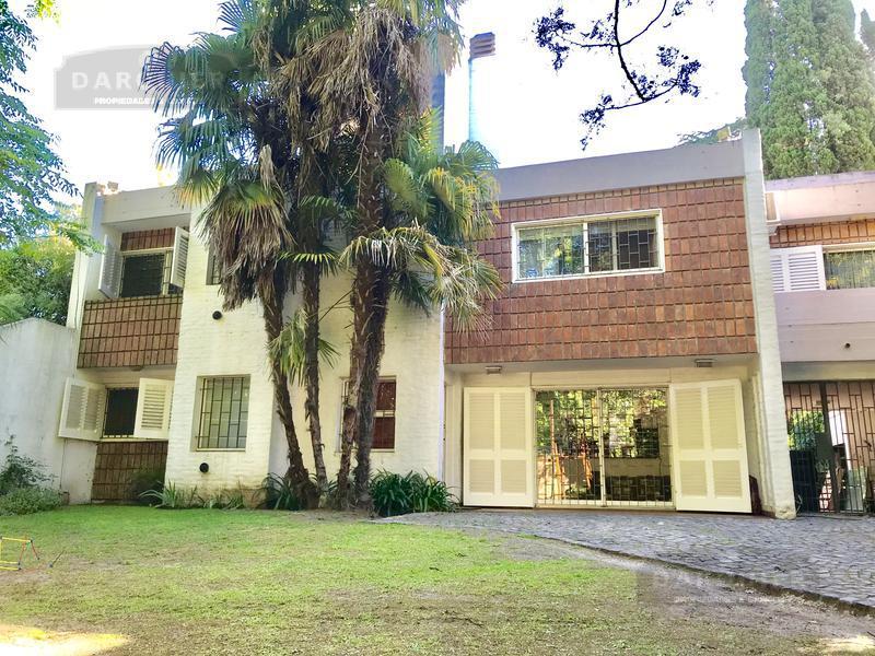Foto Casa en Venta en  Adrogue,  Almirante Brown  LA ROSA 1122