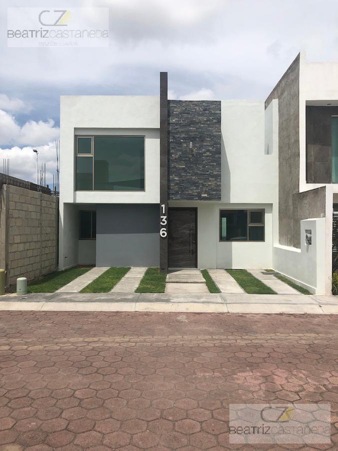 Foto Casa en Venta en  La Herradura,  Pachuca  CASA DOS NIVELES, PASEOS DELA HERRADURA, PACHUCA