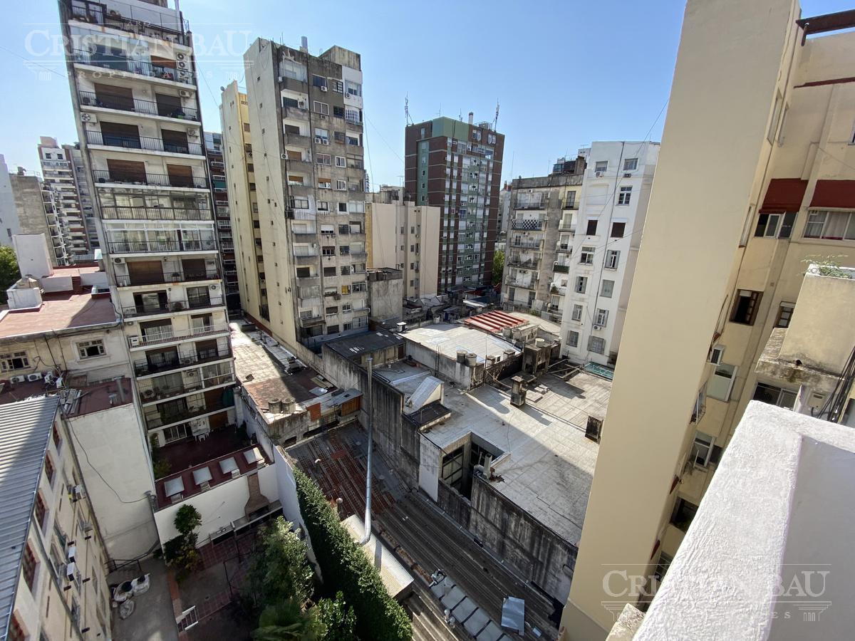 Foto Departamento en Venta en  Recoleta ,  Capital Federal  Larrea al 1000