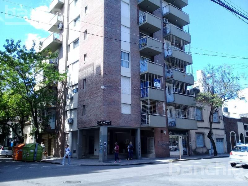 MONTEVIDEO al 200, Rosario, Santa Fe. Alquiler de Departamentos - Banchio Propiedades. Inmobiliaria en Rosario