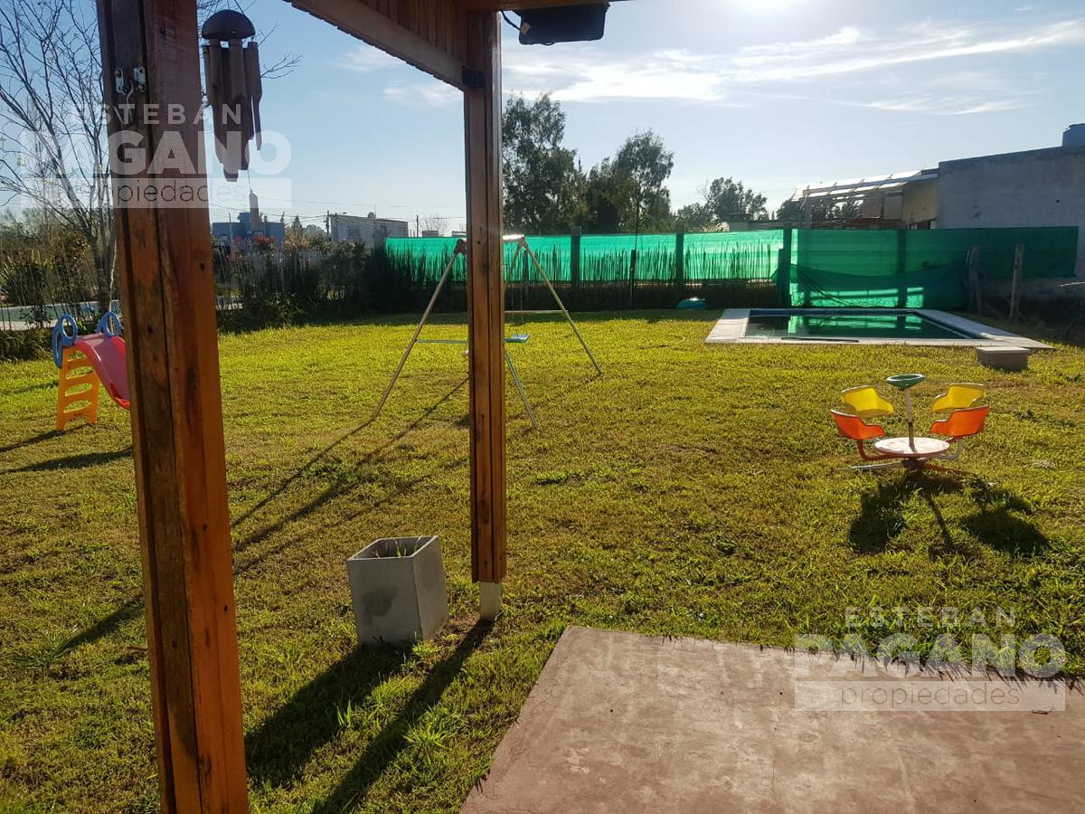 Foto Casa en Venta en  Villa Parque Sicardi,  La Plata  20 e 662 y 663