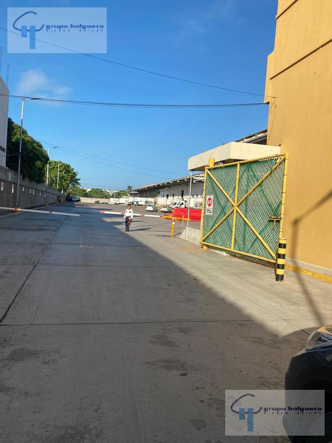 Foto Bodega Industrial en Renta en  Monte Alto,  Altamira  EXCELENTE BODEGA INDUSTRIAL EN PLAZA MONTE ALTO, ALTAMIRA, TAMAULIPAS