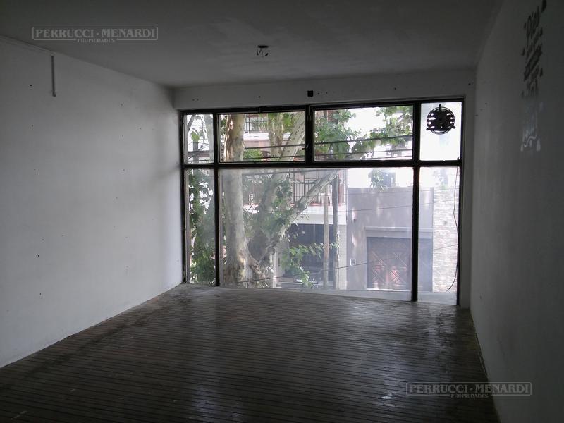 Foto Local en Venta en  Villa Ballester,  General San Martin  Belgrano al 4700