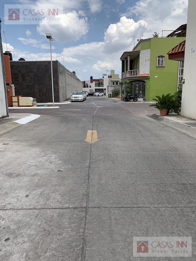 Foto Casa en Venta en  Unidad habitacional Coto San Nicolás Predio San Juan,  Zamora  CASA EN VENTA COTO SAN NICOLÁS EN ZAMORA MICHOACAN