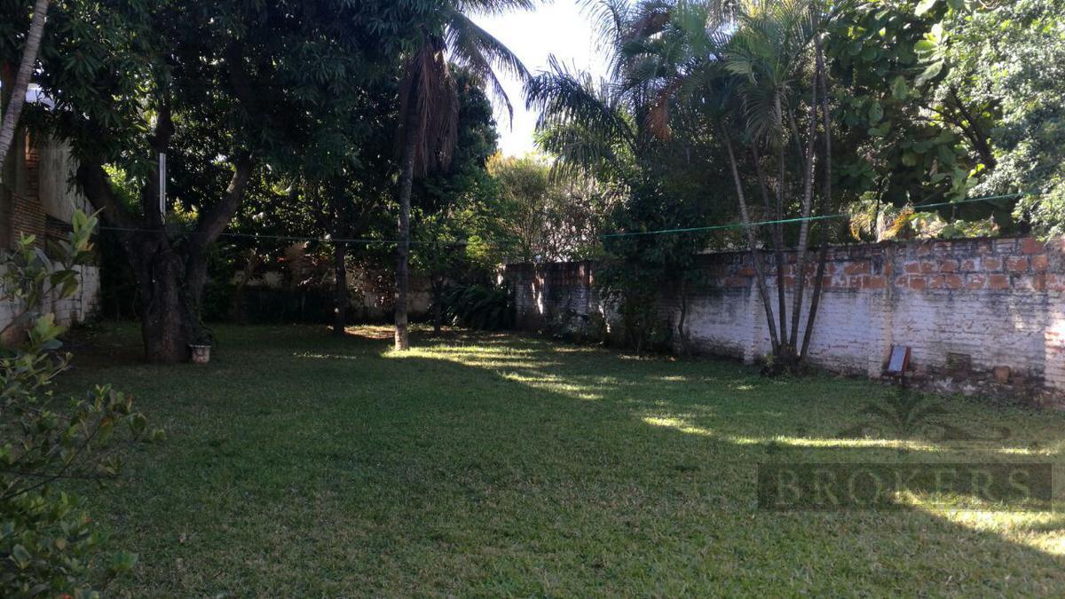 Foto Casa en Venta en  Villa Morra,  La Recoleta  Vendo Propiedad con casa de 762 M2. en pleno Villa Morra