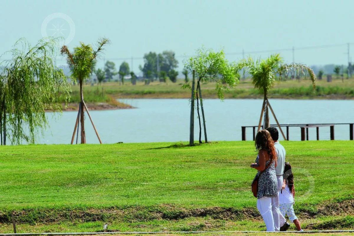 Foto Terreno en Venta en  Country Santa Rita,  Countries/B.Cerrado  Barrio Santa Rita