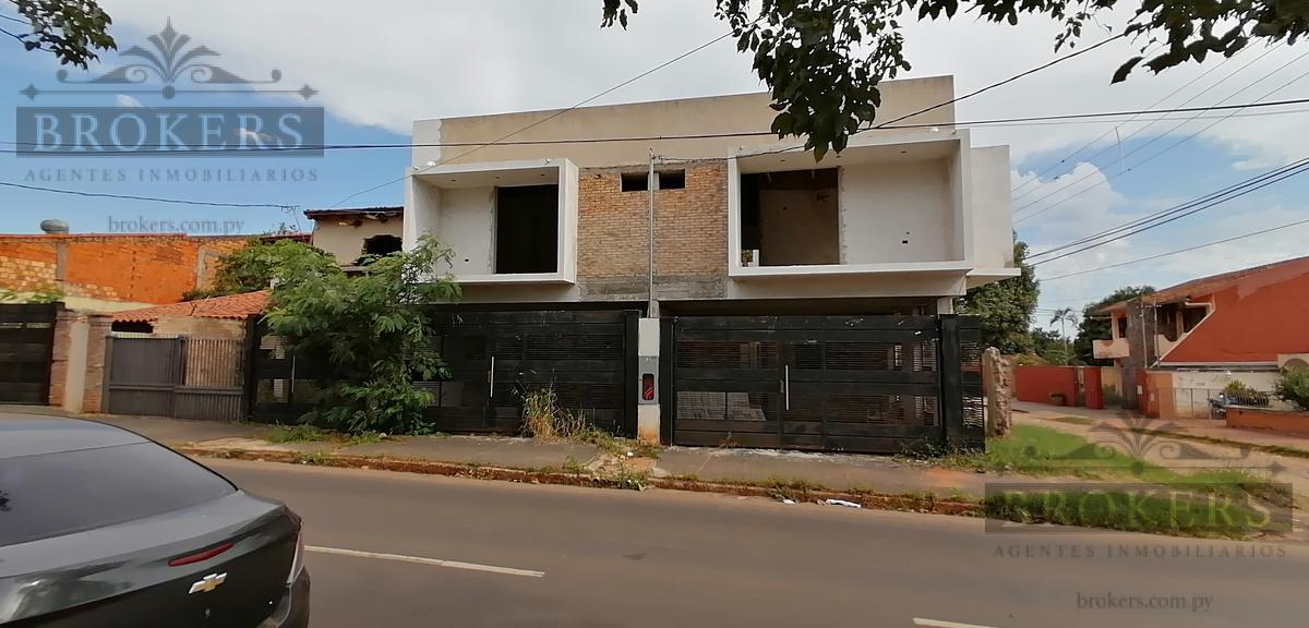 Foto Casa en Venta en  Estanzuela,  Zona Norte  Vendo Duplex a terminar de 3 dorm 2 cocheras en fdo zona norte