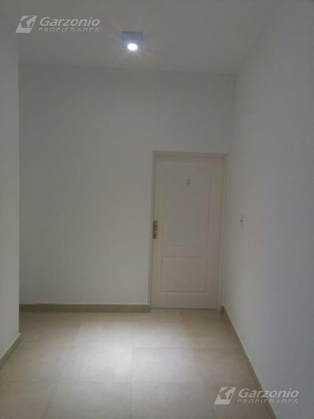Foto Oficina en Alquiler en  Trelew ,  Chubut  Julio A Roca al al 300