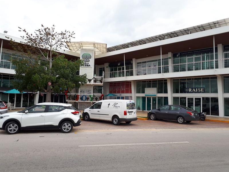 Foto Local en Renta en  Playa del Carmen ,  Quintana Roo   LOCALES Y OFICINAS  AV. 115 PLAYA DEL CARMEN P1610