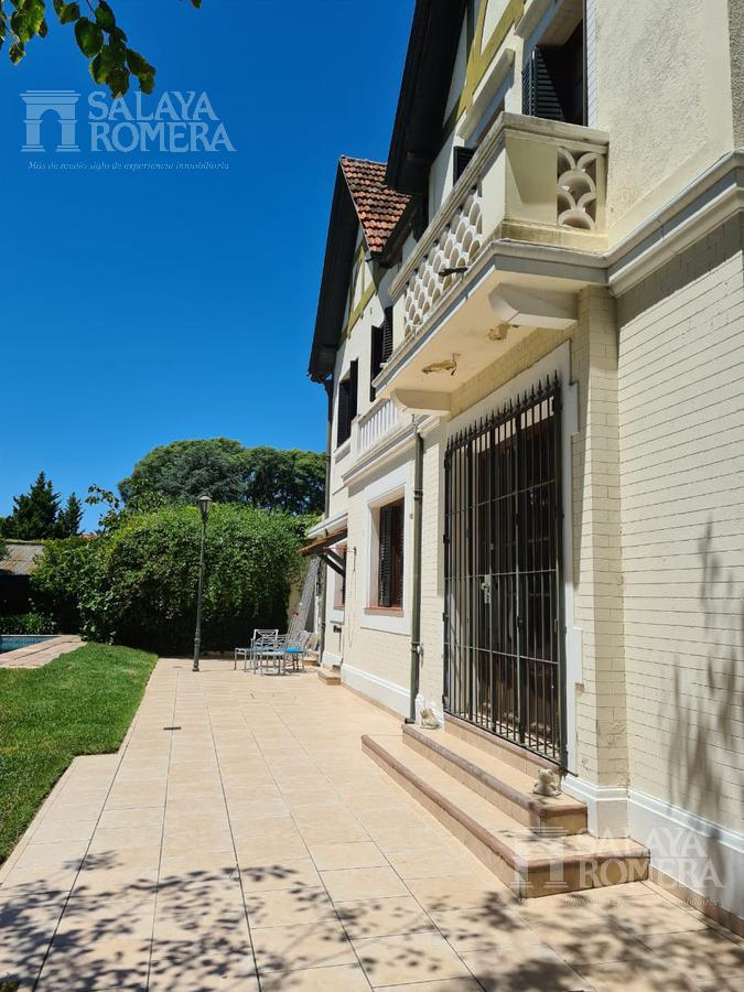 Foto Casa en Alquiler en  Olivos,  Vicente López  Entre Rios al 1200