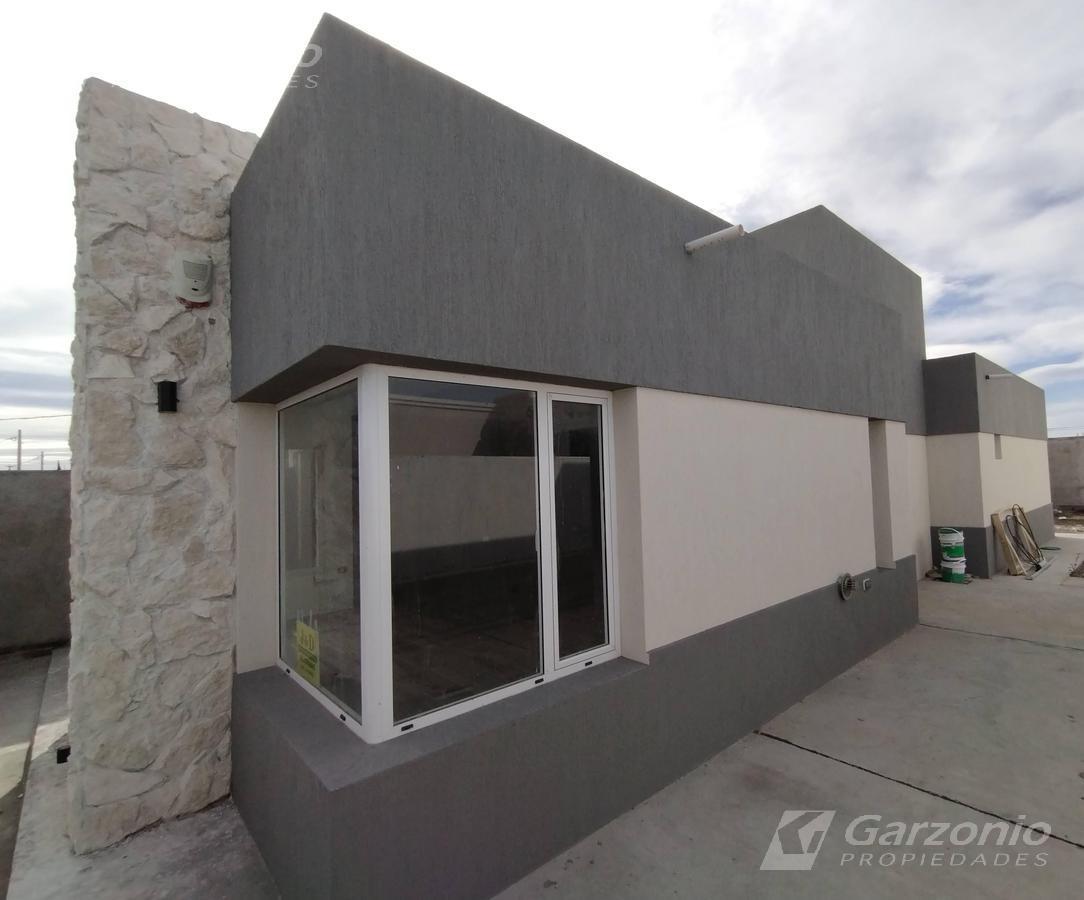 Foto Casa en Venta en  Trelew ,  Chubut  CASA A ESTRENAR