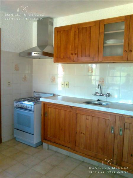 Foto Casa en Alquiler temporario | Alquiler en  Beaulieu,  Piriápolis  Calle 5 y San Sebastián
