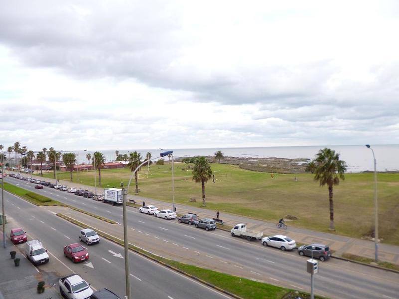 Foto Apartamento en Alquiler en  Punta Carretas ,  Montevideo  GANDHI, RBLA MAHATMA 400