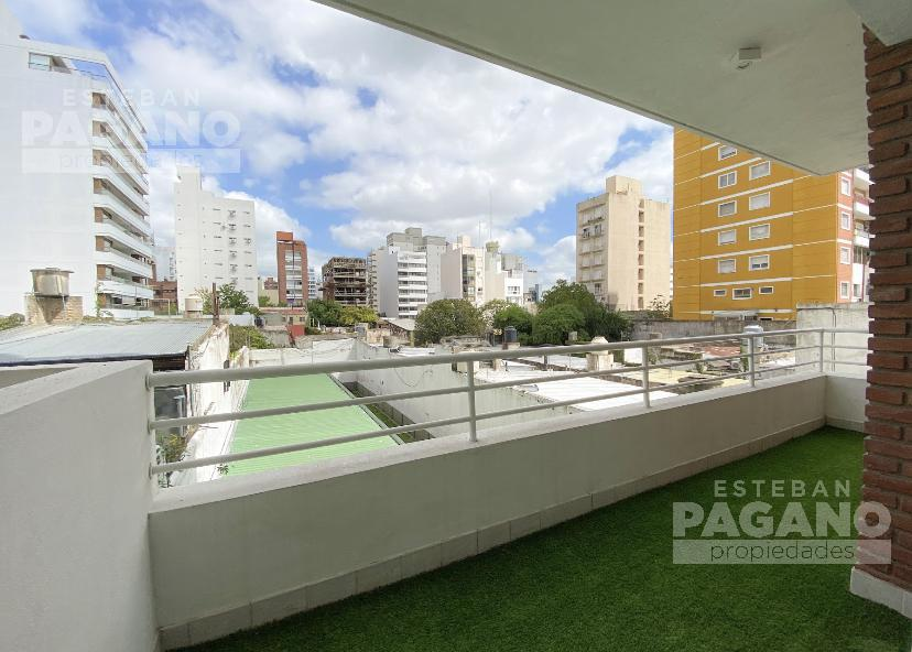 Foto Departamento en Venta en  La Plata,  La Plata  10 y 45