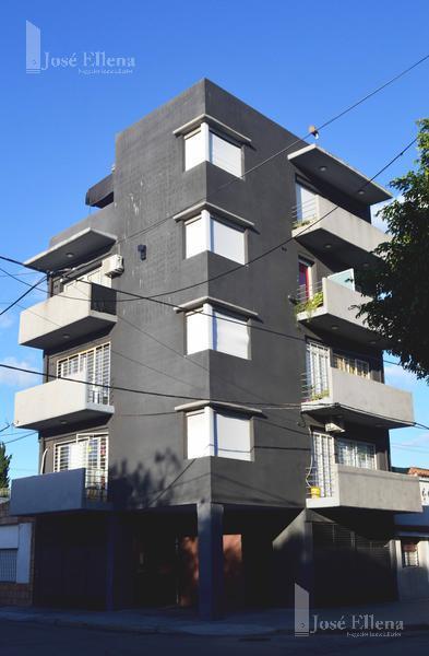 Foto Departamento en Venta en  España y Hospitales,  Rosario  Saavedra al 1100