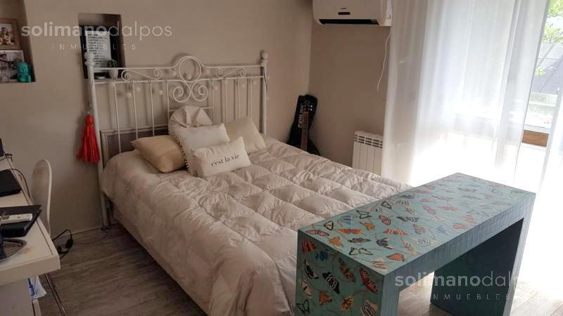 Foto Casa en Venta en  Mart.-Vias/Libert.,  Martinez  CARLOS CASARES al 2300