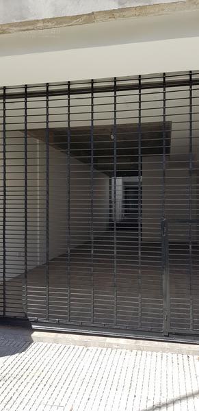 Foto Departamento en Venta en  Lomas de Zamora Oeste,  Lomas De Zamora  Portela 634 1 D