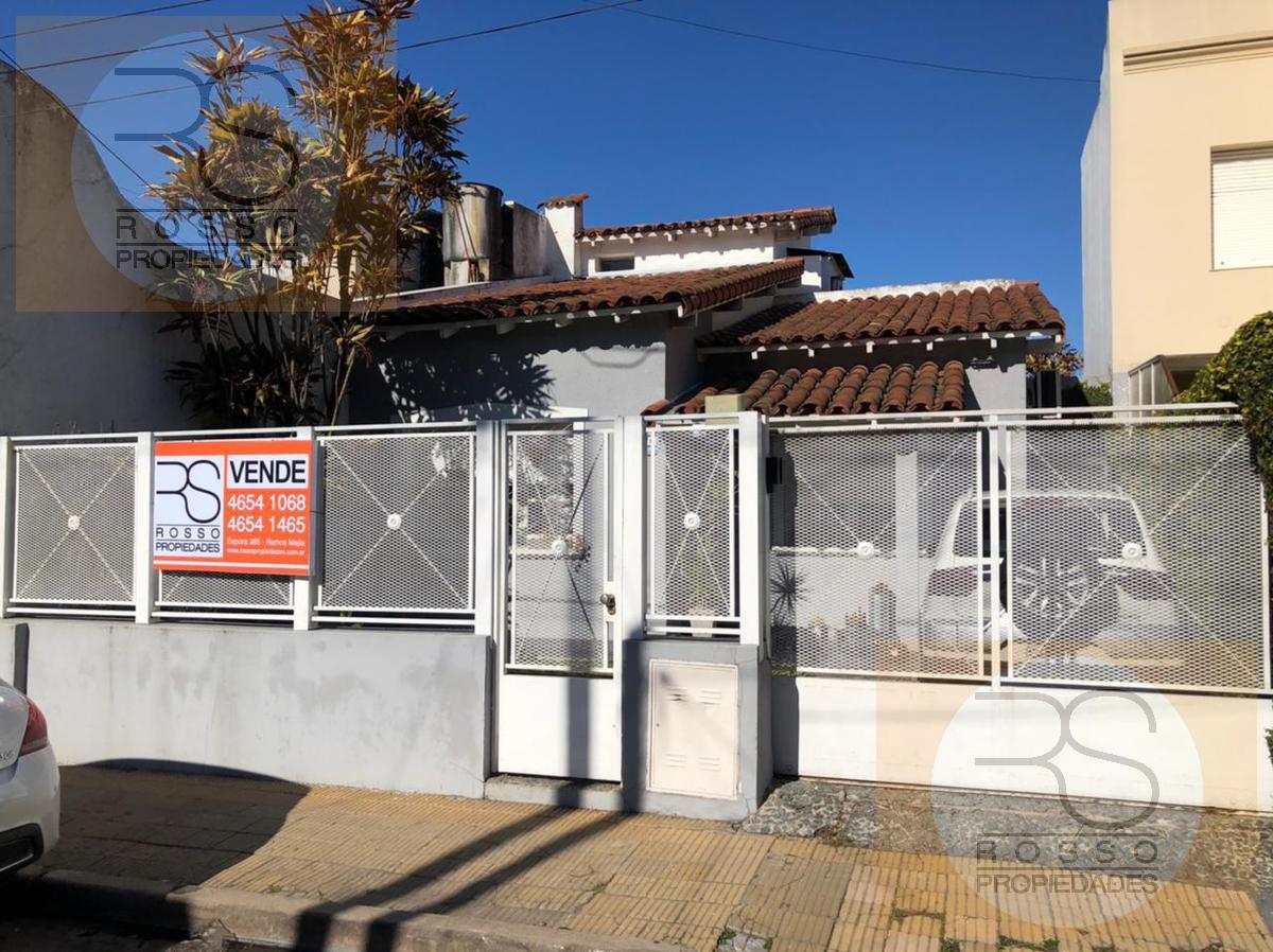 Foto Casa en Venta en  Villa Sarmiento,  Moron  Virrey Liniers al 400