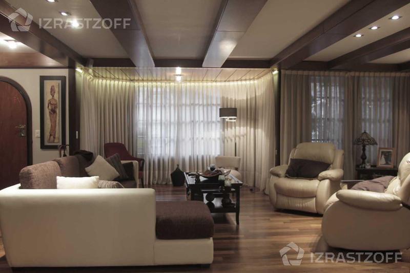 Casa en venta en delgado 1200 e virrey arredondo y virrey for Arredando casa