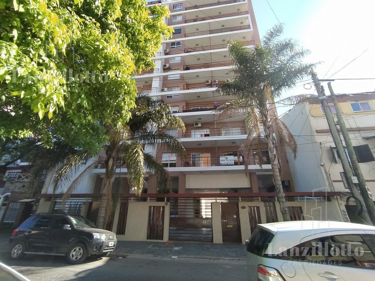 Foto Departamento en Venta en  Lanús Este,  Lanús  Sitio de Montevideo N° al 1400