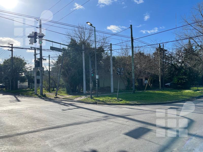 Foto Terreno en Venta en  La Plata ,  G.B.A. Zona Sur  25 y al 500