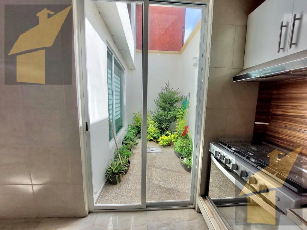 Foto Casa en Renta en  Parques Nacionales,  Toluca  Parques Nacionales