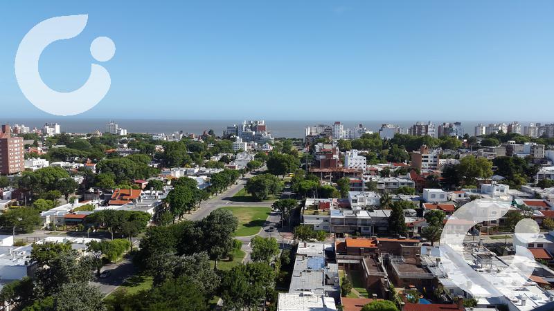 Foto Terreno en Venta en  Montevideo ,  Montevideo  Terreno en Malvín