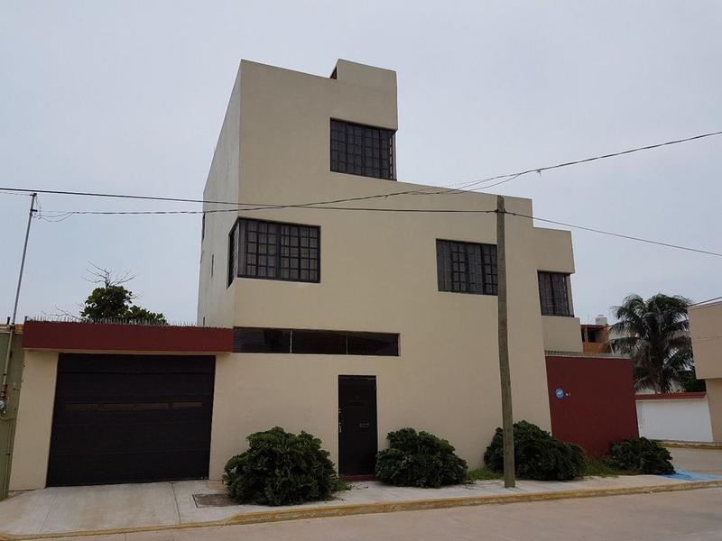 Foto Casa en Venta en  Puerto México,  Coatzacoalcos  Francisco Villa No. 810 colonia Puerto Mexico Coatzacoalcos Veracruz