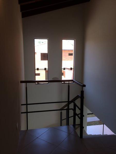 Foto Casa en Alquiler en  Luque ,  Central  Vendo Dúplex De 2 Dormitorios En Condominio Luque - Zona Rakiura