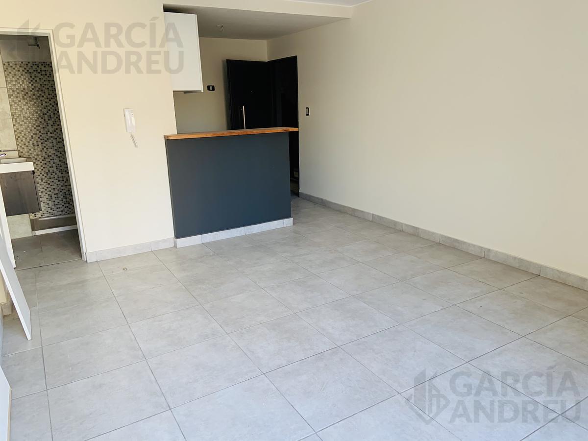 Foto Departamento en Venta en  Echesortu,  Rosario  Castellanos 400