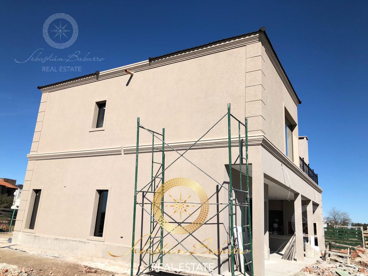 Foto Casa en Venta en  Los Talas ,  Canning  Canning