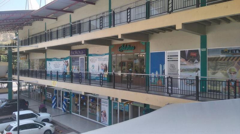 Foto Local en Venta en  Norte de Guayaquil,  Guayaquil  OPORTUNIDAD VENDO LOCAL COMERCIAL PLANTA ALTA COSTALMAR SHOPPING