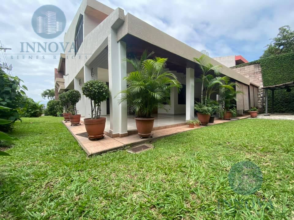 Foto Casa en Venta en  Lomas del Mayab,  Tegucigalpa  Espaciosa Casa Con Amplio Jardin En Renta o Venta Lomas Del Mayab Tegucigalpa