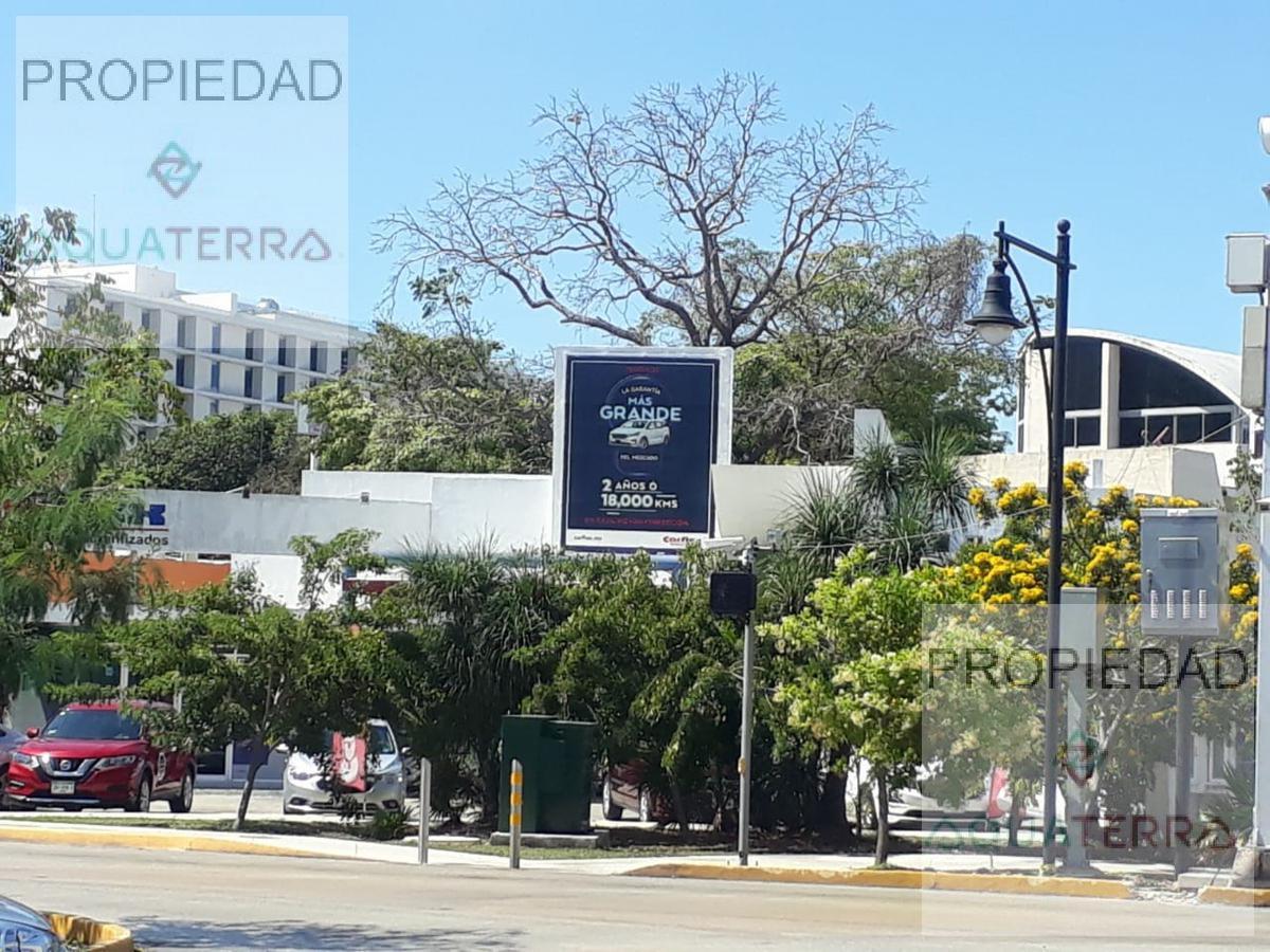 Local comercial en Renta la mejor Ubicación Calle 60 y Cupules Mérida