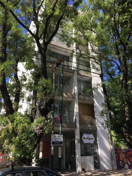 Foto Departamento en Venta en  La Plata,  La Plata  6 e/ 32 y 33 - La Plata