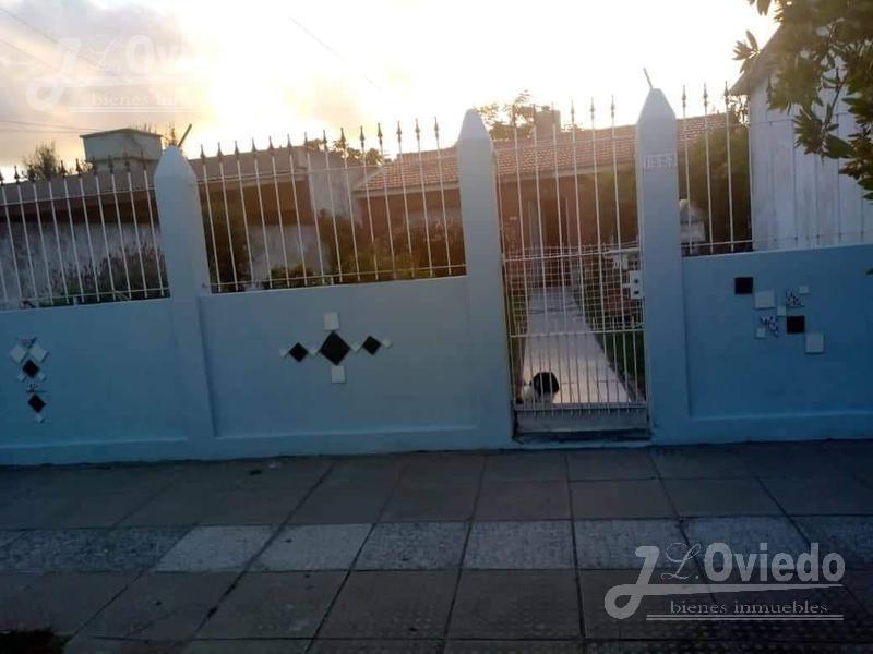 Foto Casa en Venta |  en  San Clemente Del Tuyu ,  Costa Atlantica  calle 8