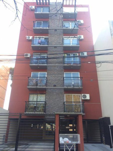 Foto Departamento en Venta en  Haedo,  Moron  Tejedor 1255