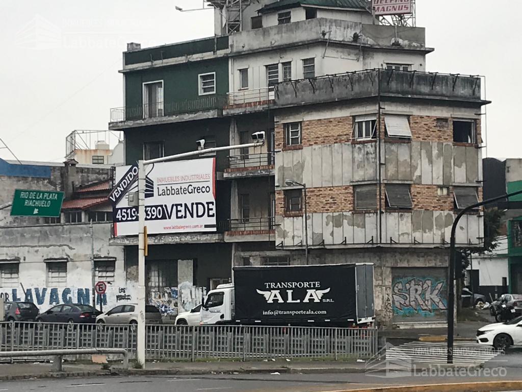 Foto Local en Alquiler en  V.Lynch,  General San Martin  Av. General Paz al 3500