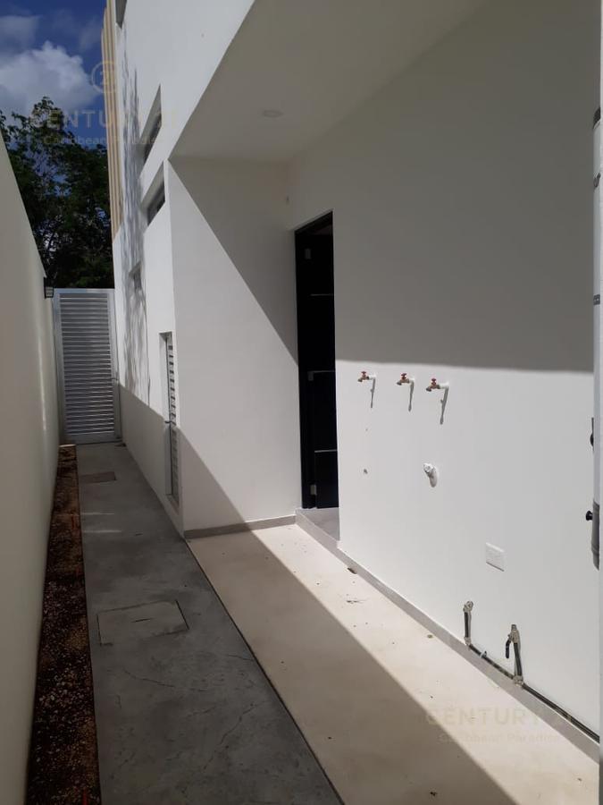 Playa del Carmen House for Sale scene image 14