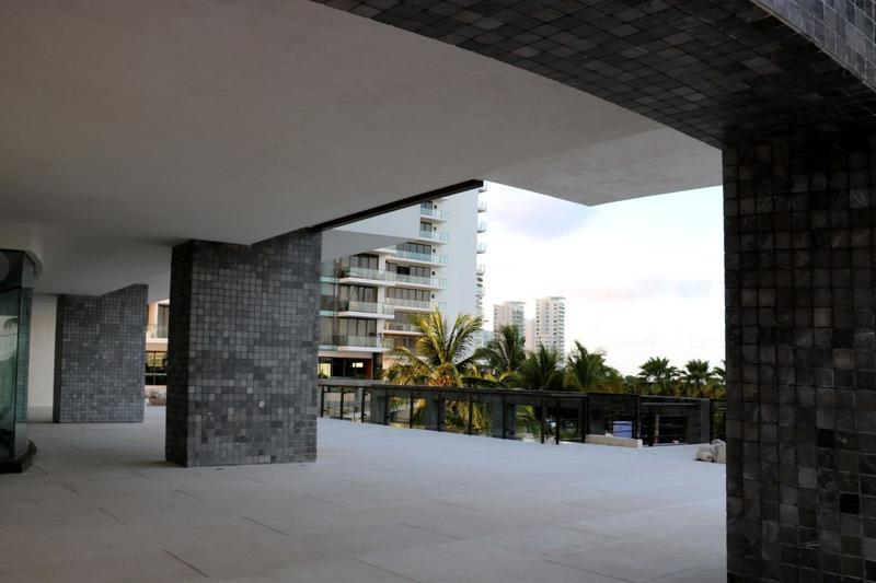 Puerto Cancún Apartment for Sale scene image 24