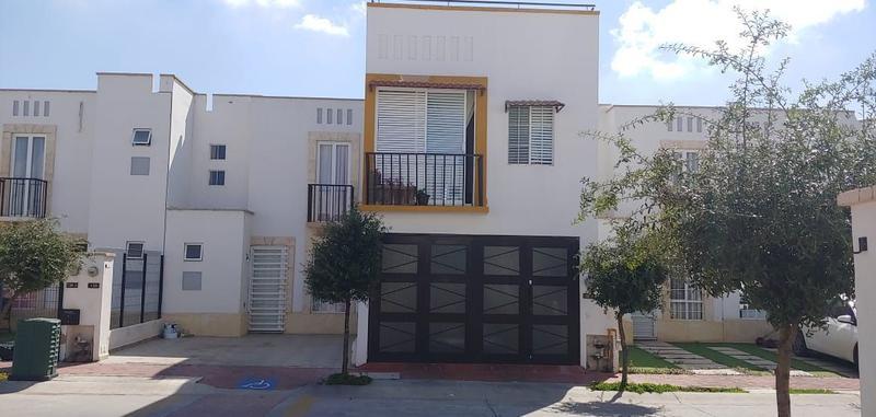 Casa en Venta en El Dorado , 3 pisos